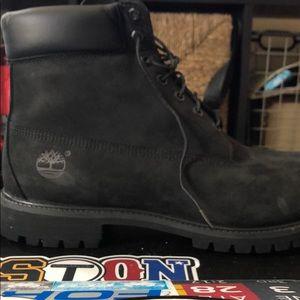 Black Timberland Boots (Like New) (No Box)